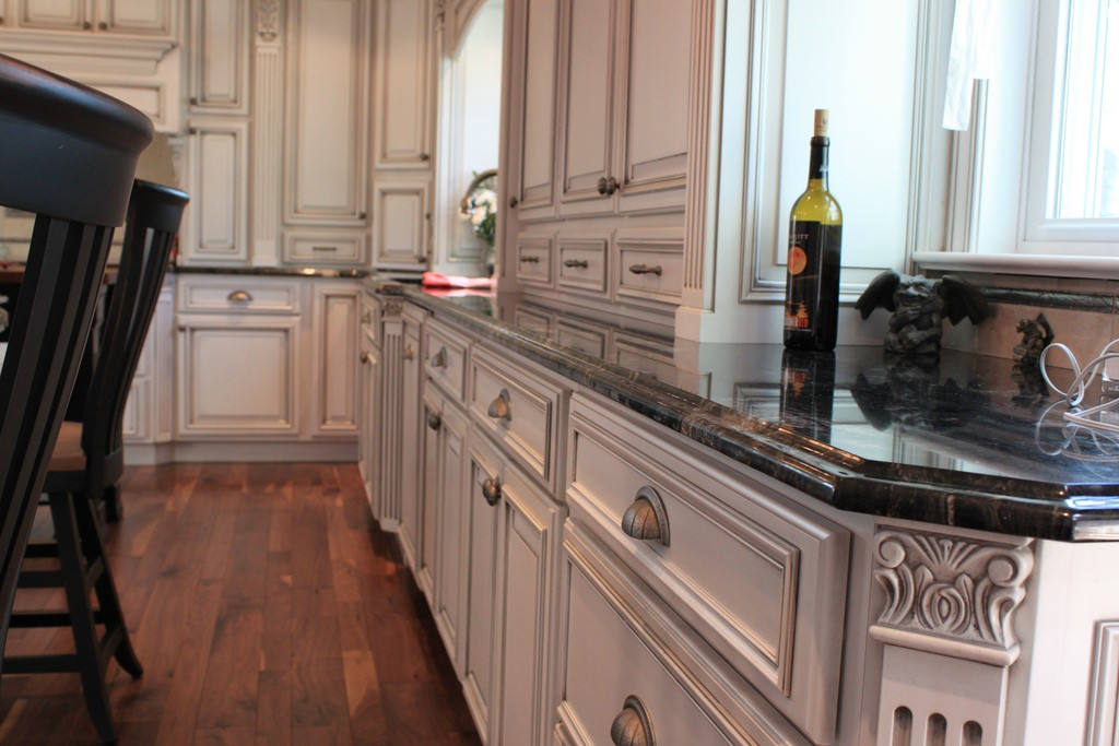 Aston Black Cabinets By How Do I Choose A Kitchen Cabinet Installer